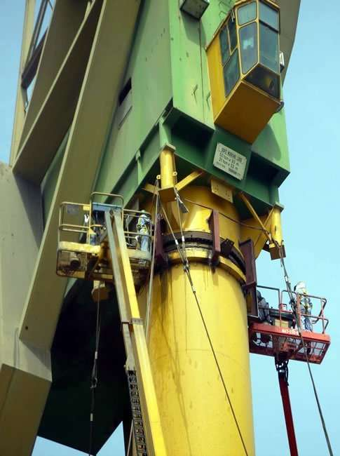 dock crane recovery