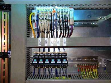 Replacement of Liccon Crane Control System