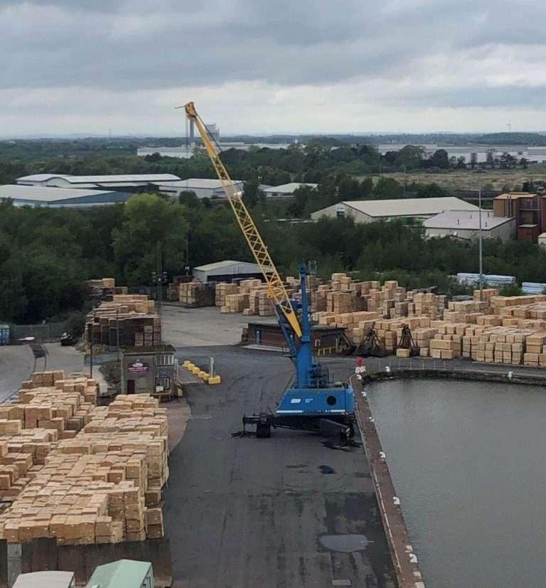 Mobile Harbour Crane repairs