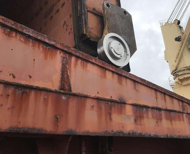 TTS Hua Hai hatch cover repairs