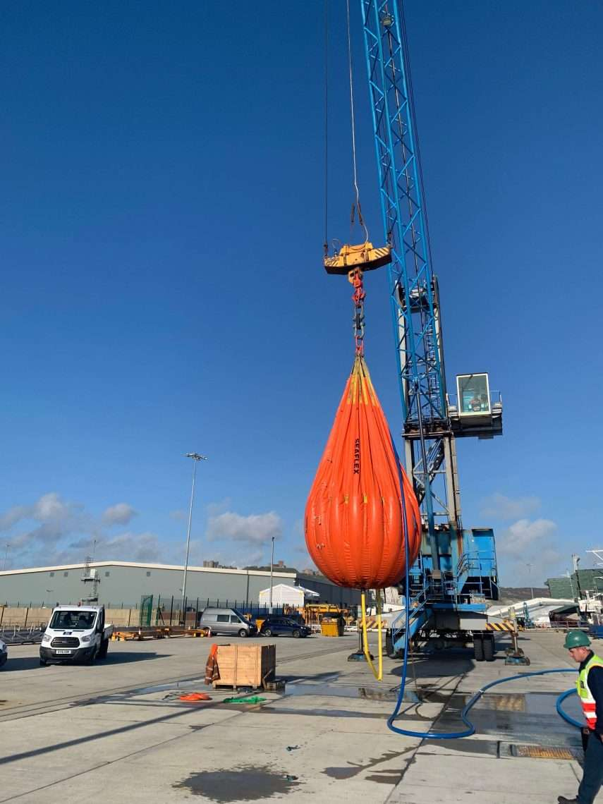 HMK Harbour Crane Maintenance in Port of Dover