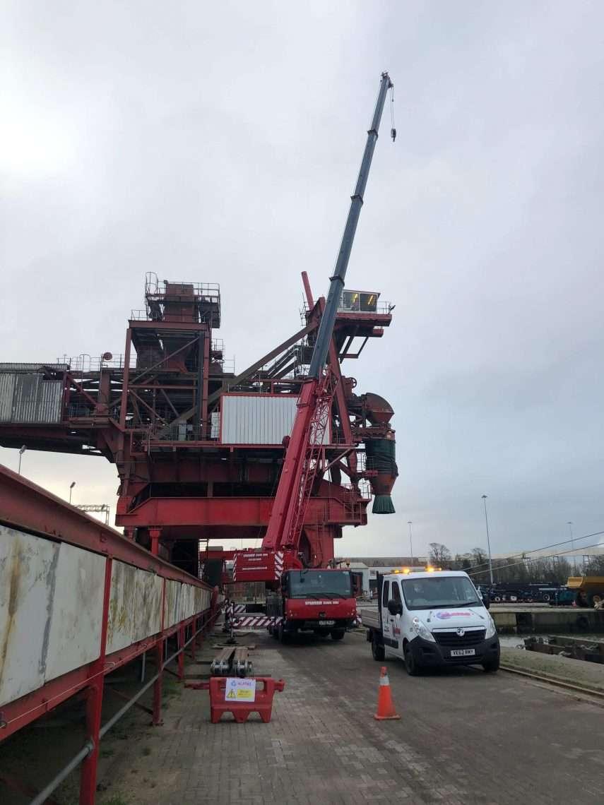 Shiploader Luffing Cylinder Changeout
