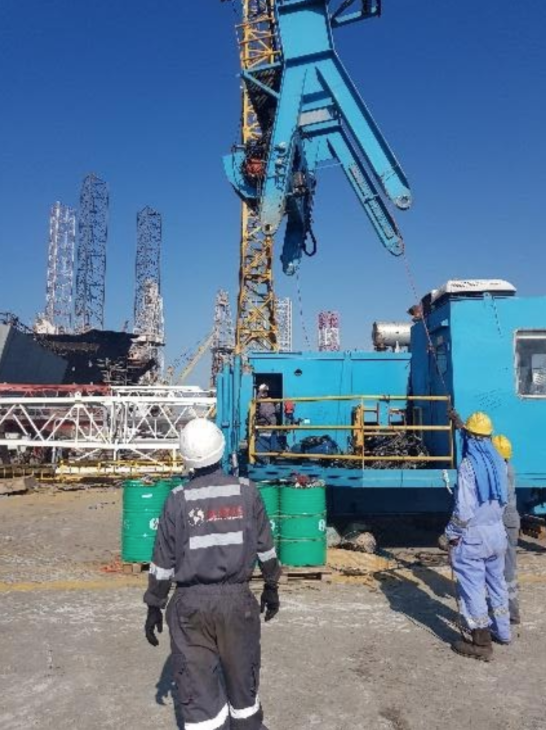 sourcing and commissioning of used crane