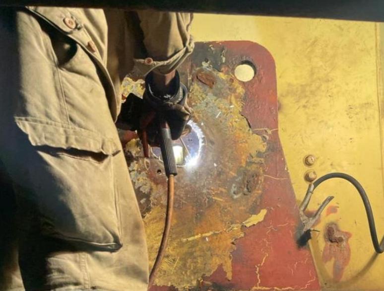 Boom Hinge Repair on MacGregor Deck Crane
