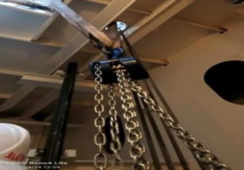 Ro/Ro ship elevator troubleshooting