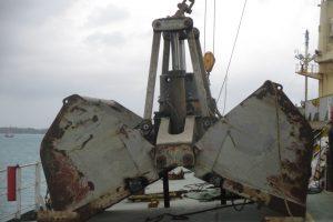 Peiner-SMAG Grab Afloat Repairs