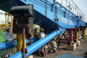 Italgru crane boom installation
